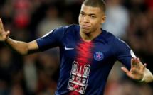Les 1000 maillots du PSG en hommage à Notre-Dame vendus en moins de 30 minutes